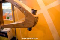Prototipo bici in composito misto legno