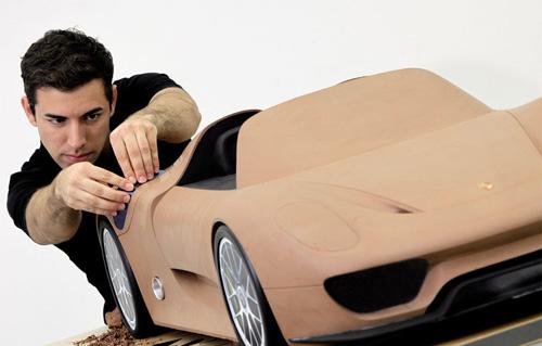 Modello d'argilla della Porsche 918